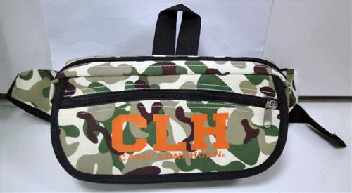 BAGS & BLANKETS: Camo Fanny Pack